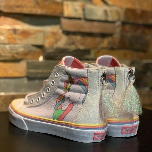 ed533eea437 Vans • Kids Unicorn Sk8-Hi Zip - FIRM